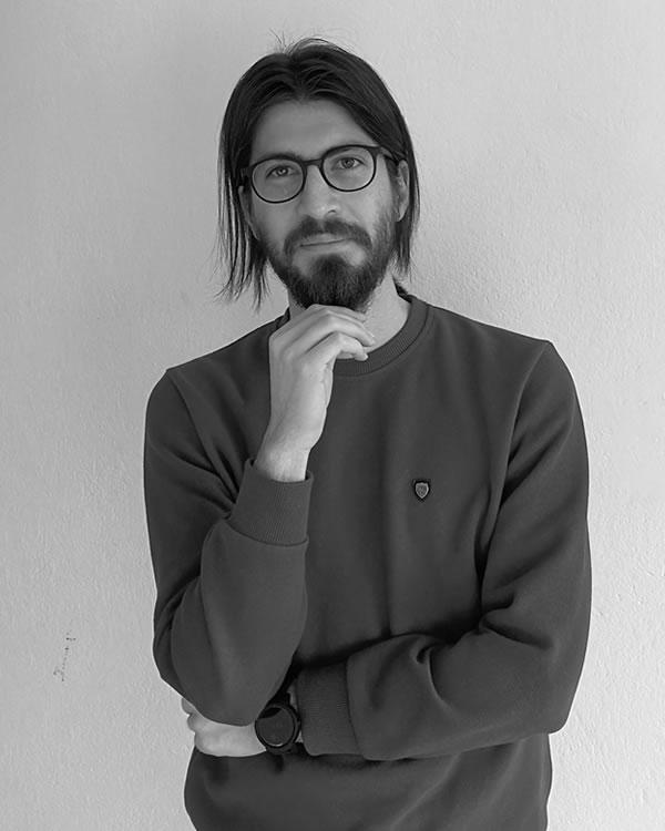 Ahmet Bahaddin Ersöz : Yazılım Geliştirme Uzmanı
